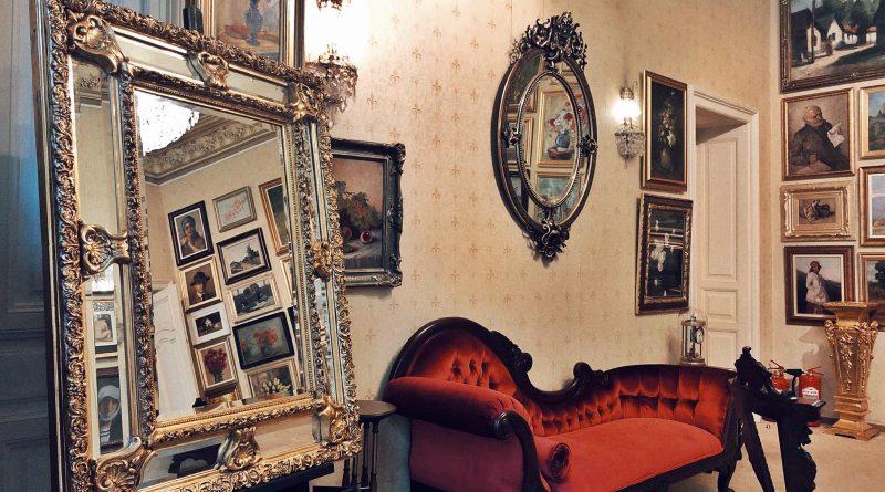 Salvador Dali ridică pe soclu, în România, zeița iubirii Venus