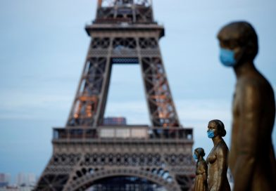 Francezii pot ieşi din locuinţe… trei ore