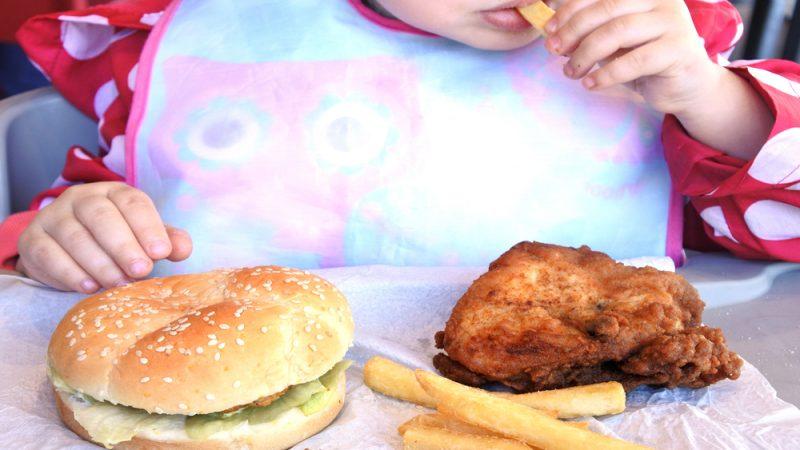 SEMNAL DE ALARMĂ Ocupăm locul doi în Europa la obezitate infantilă - | mymamaluvs.com