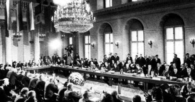 Mărirea și decăderea tratatelor de pace